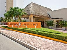 Laguna Suites Golf & Spa