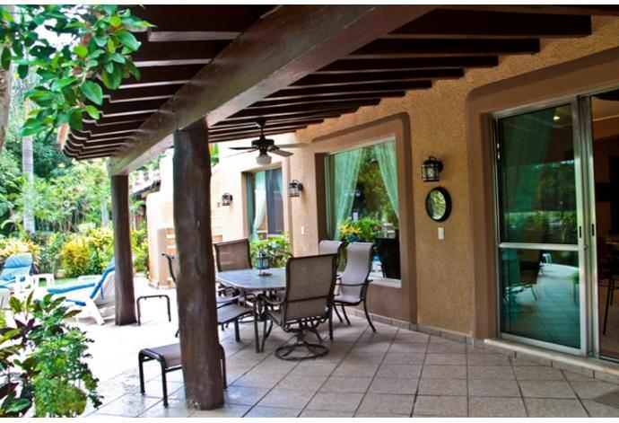 Casa de 3 recámaras con jardín en Playa del Carmen