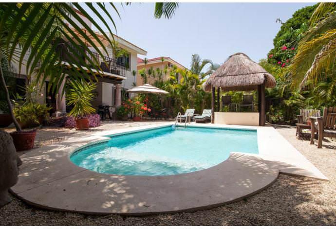 Casa Royal Palms, dos recamaras cerca de la playa