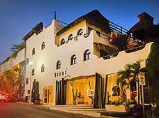 Kinbé Deluxe Boutique Hotel